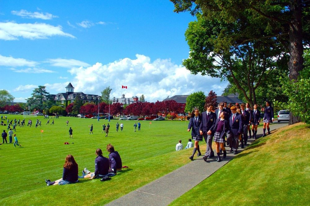 іноземні студенти в школах Канади