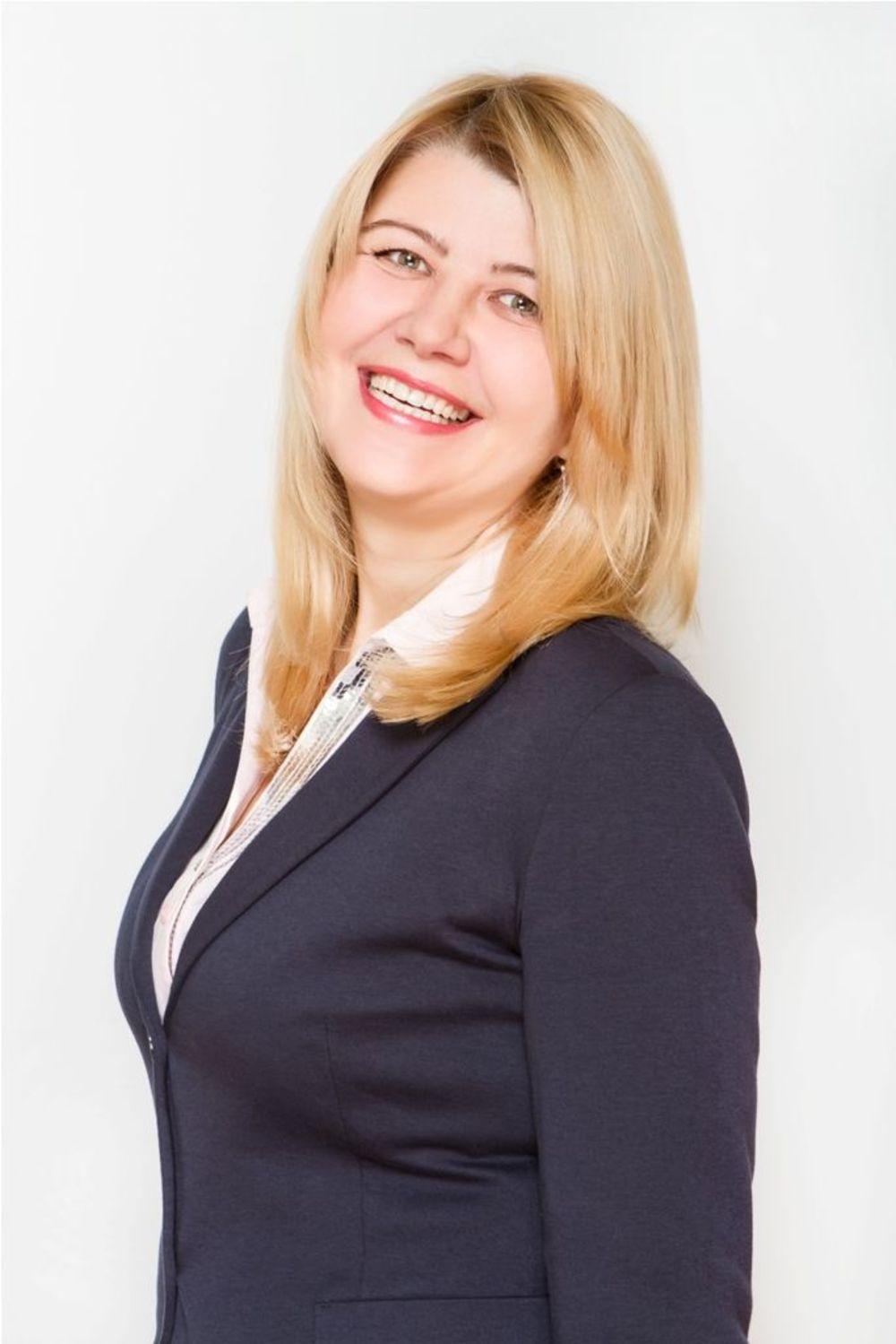 """Лариса Неклюдова - основатель образовательного агентства """"Аспект - обучение за рубежом"""""""