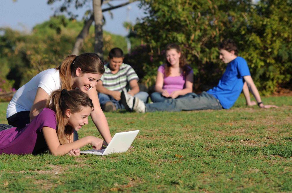 школьники на летних каникулах за рубежом