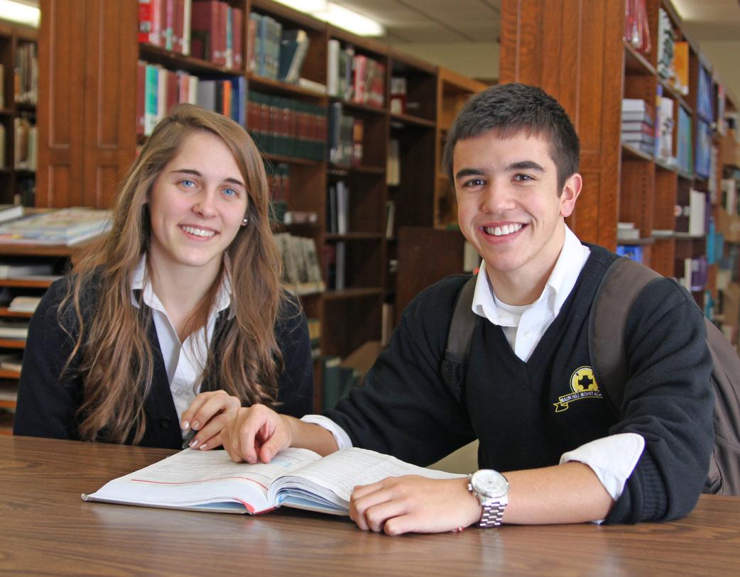 учні середньої школи за кордоном