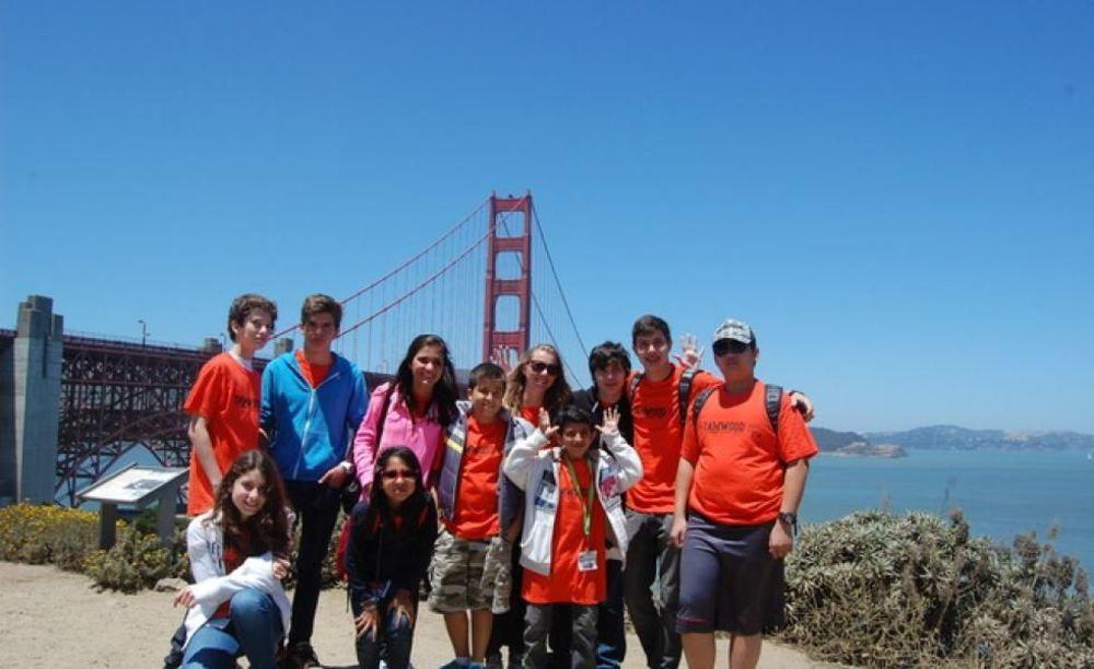 дети на экскурсии в Сан-Франциско в лагере Tamwood