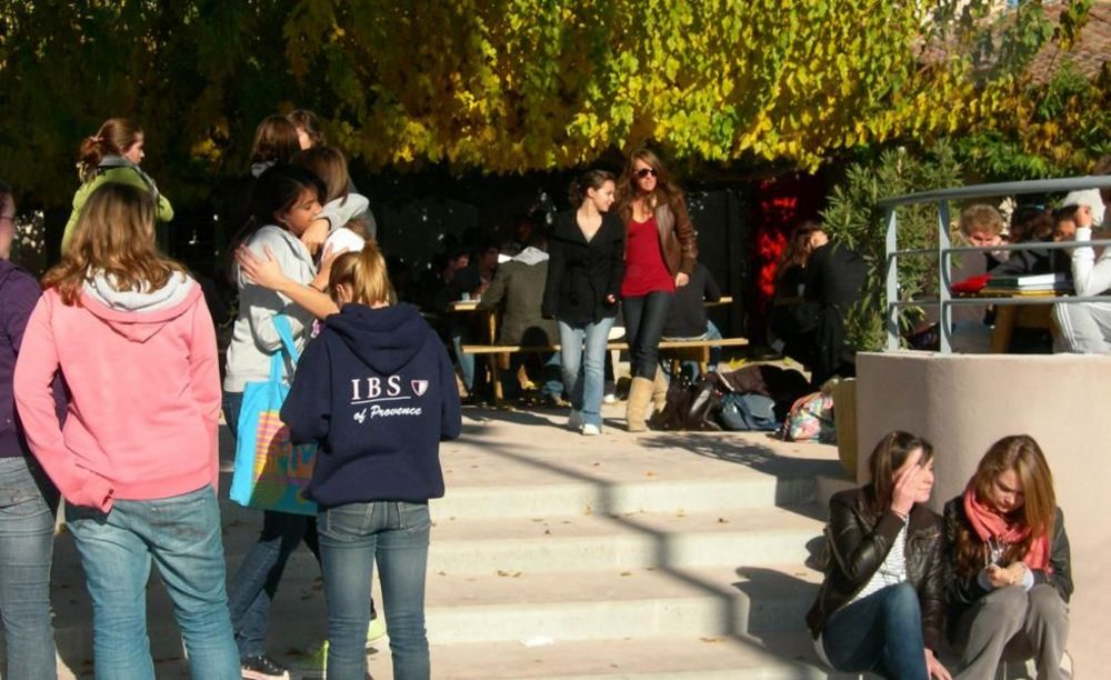 студенты International Bilingual School of Provence