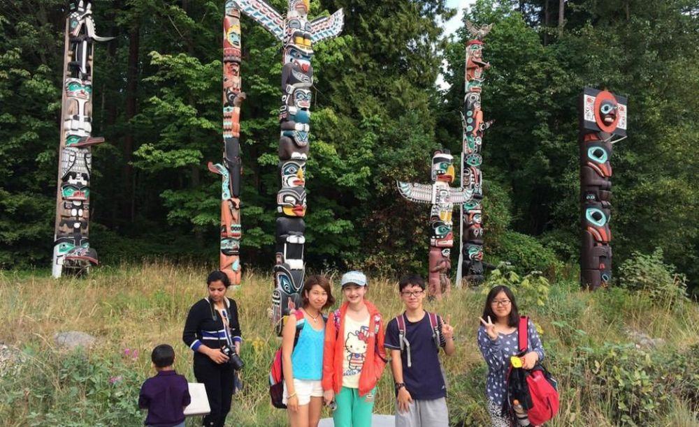 дети на экскурсии в лагере Tamwood в Ванкувере