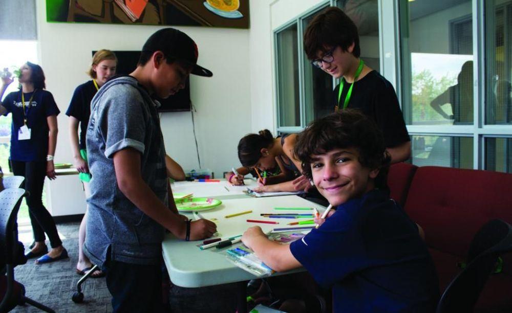 дети в лагере Tamwood University of Toronto