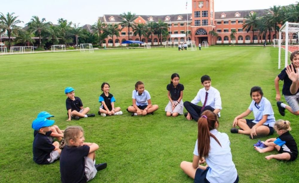 дети на отдыхе Regent's International School Bangkok