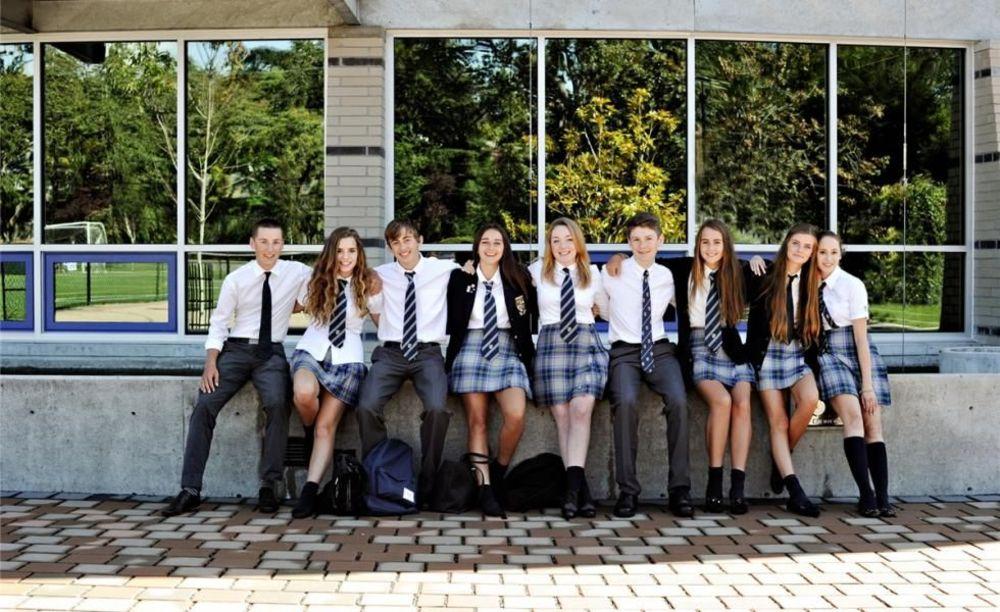 школьники Glenlyon Norfolk School