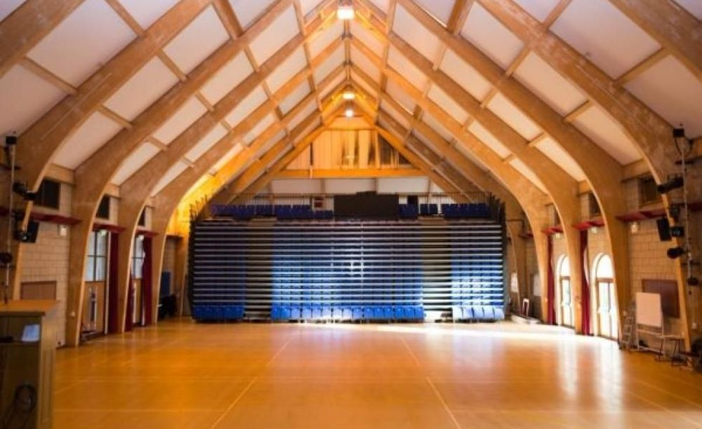 Актовый зал The Duke of York's Royal Military School