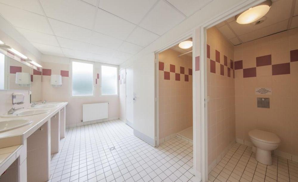 ванная в резиденции Biarritz, Alpadia Summer Camps