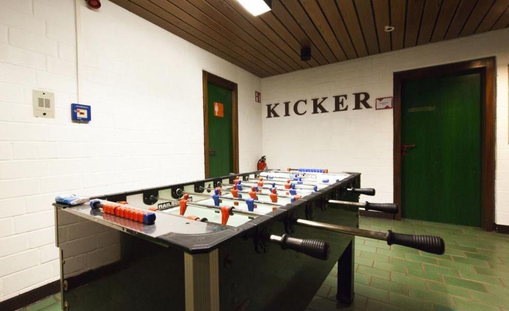 настольный футбол Lahntal, Alpadia Summer Camps