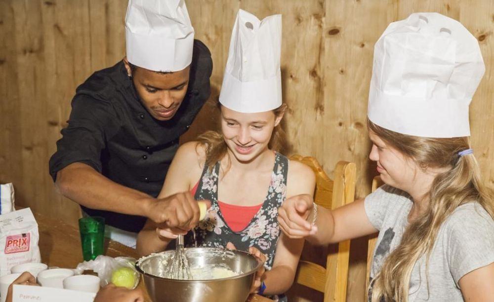 кулинария Leysin, Alpadia Summer Camps