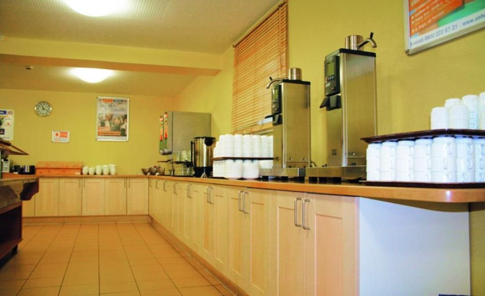 кухня в резиденции лагеря DID Вена