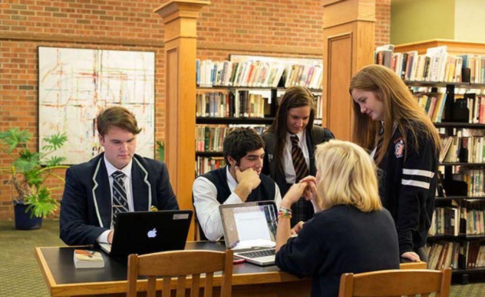 библиотека в Ridley College