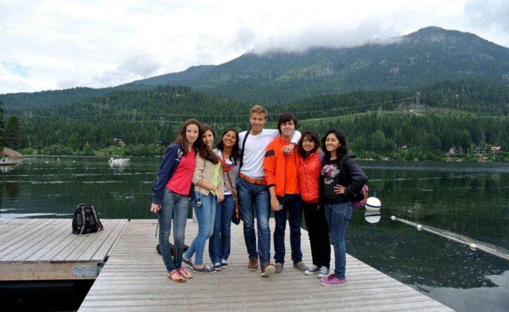 Bodwell High School Summer Programs дети на экскурсии