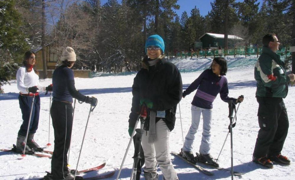 зимний спорт в лагере FLS Citrus College