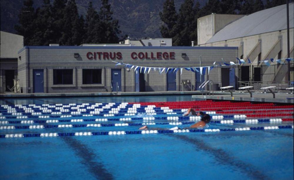 бассейн в Citrus College
