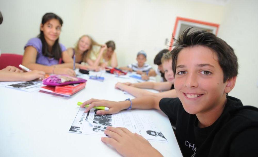 дети на занятиях Clubclass Language School, Swieqi