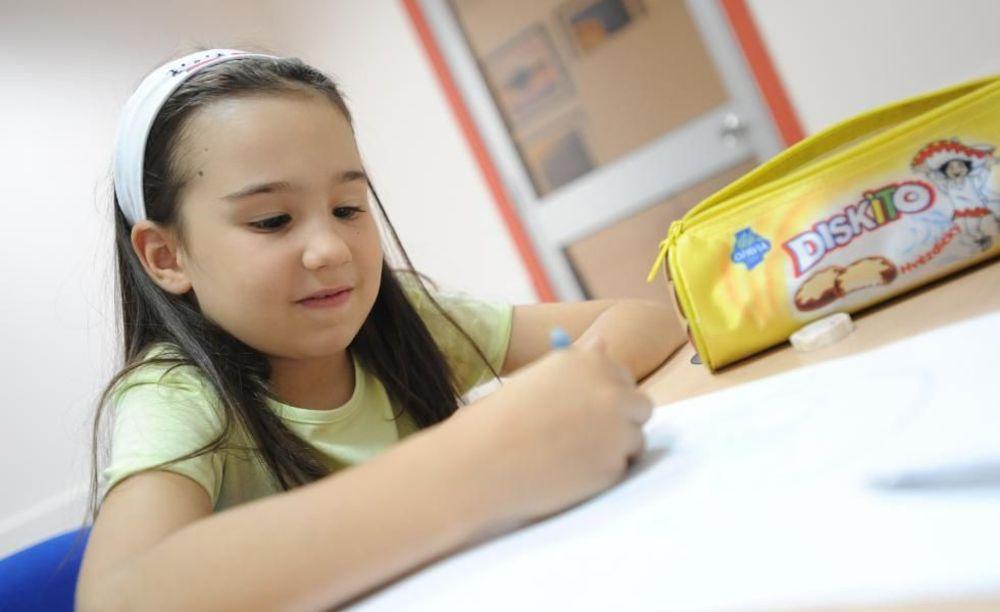 ребенок на занятиях Clubclass Language School, Swieqi