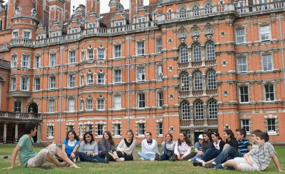 Дети Royal Holloway University