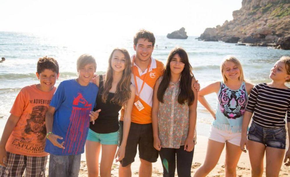 дети на пляже EC Malta, St. Julian's