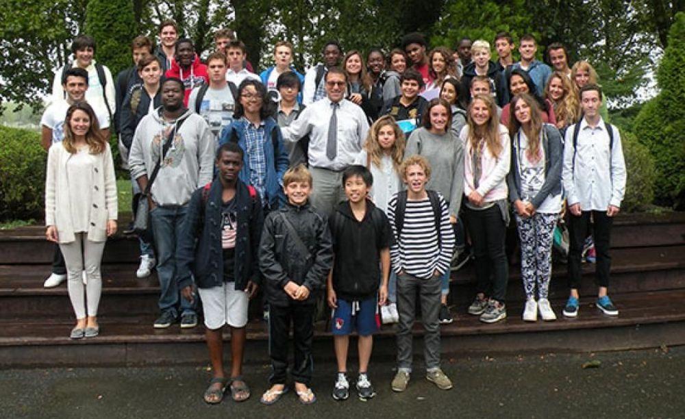 студенты школы Ecole de Tersac