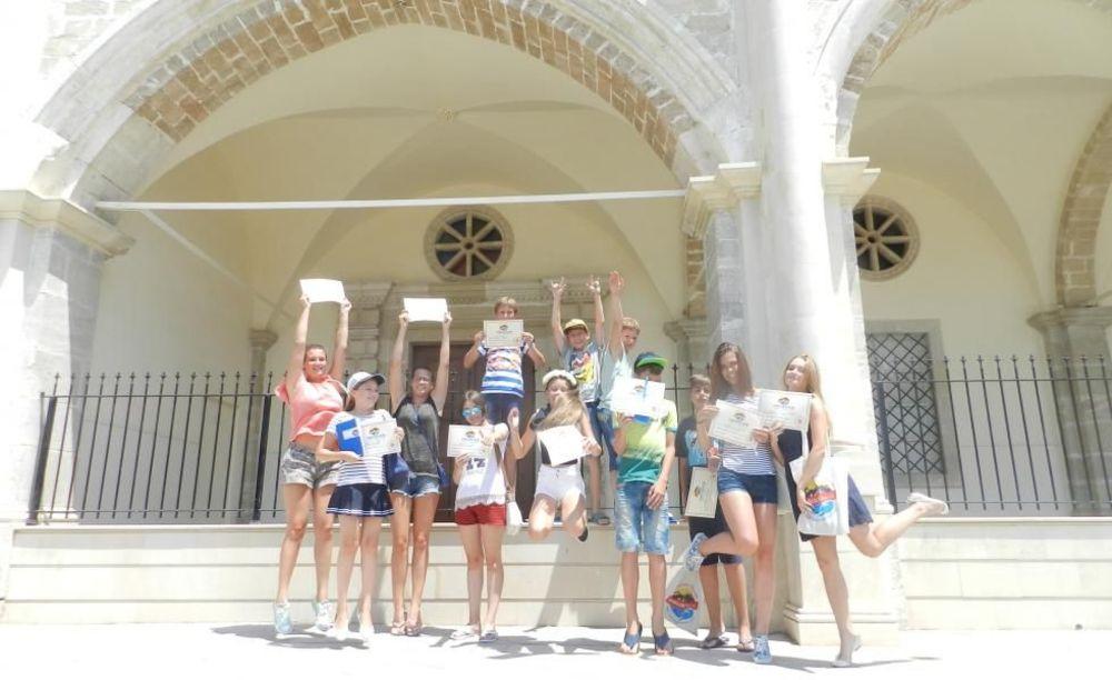 English Quest Camp дети на Кипре