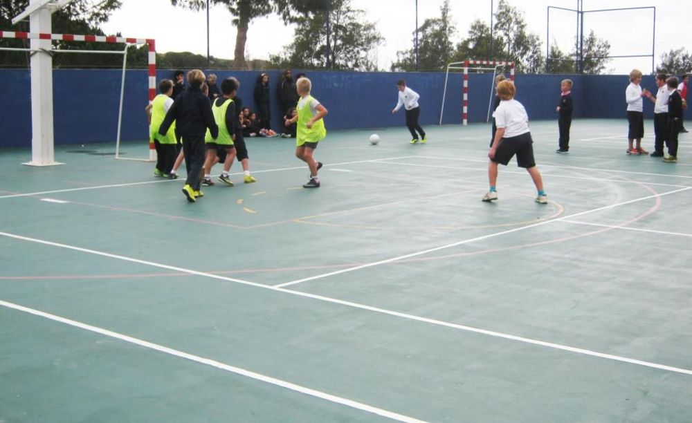 футбольная тренировка Nobel International School Algarve