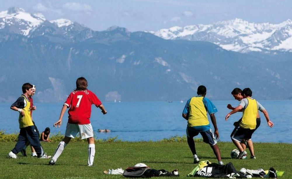 Футбол Brilliantmont Summer Camp