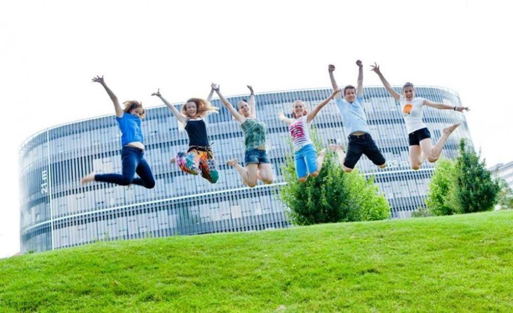 GoStudy дети в летнем лагере в Праге