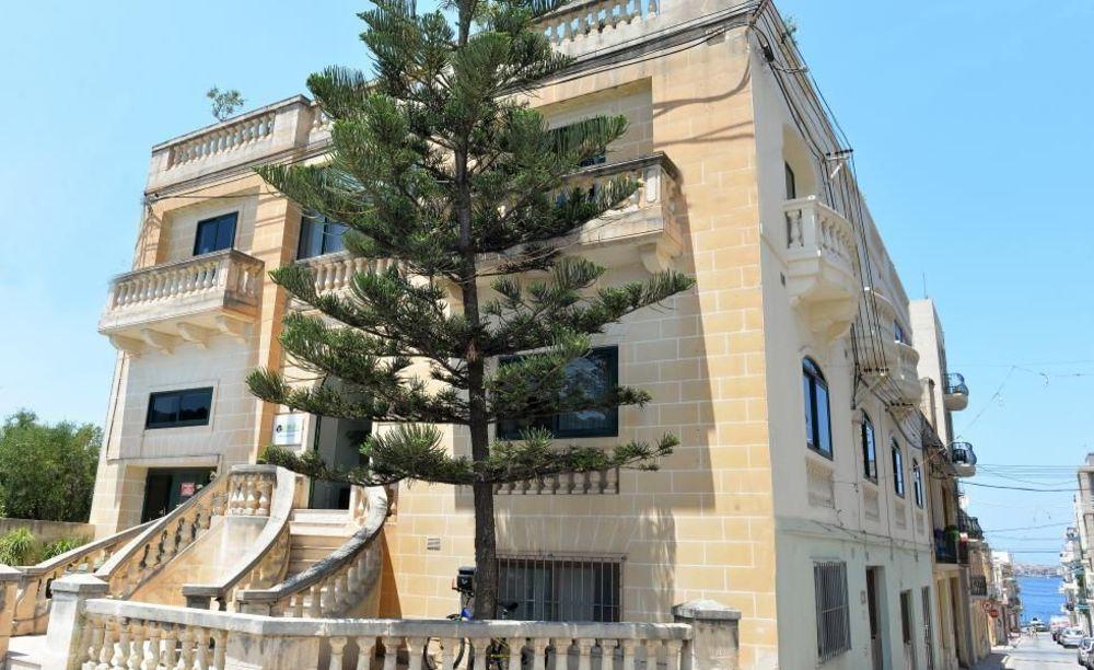 GV Malta здание школы