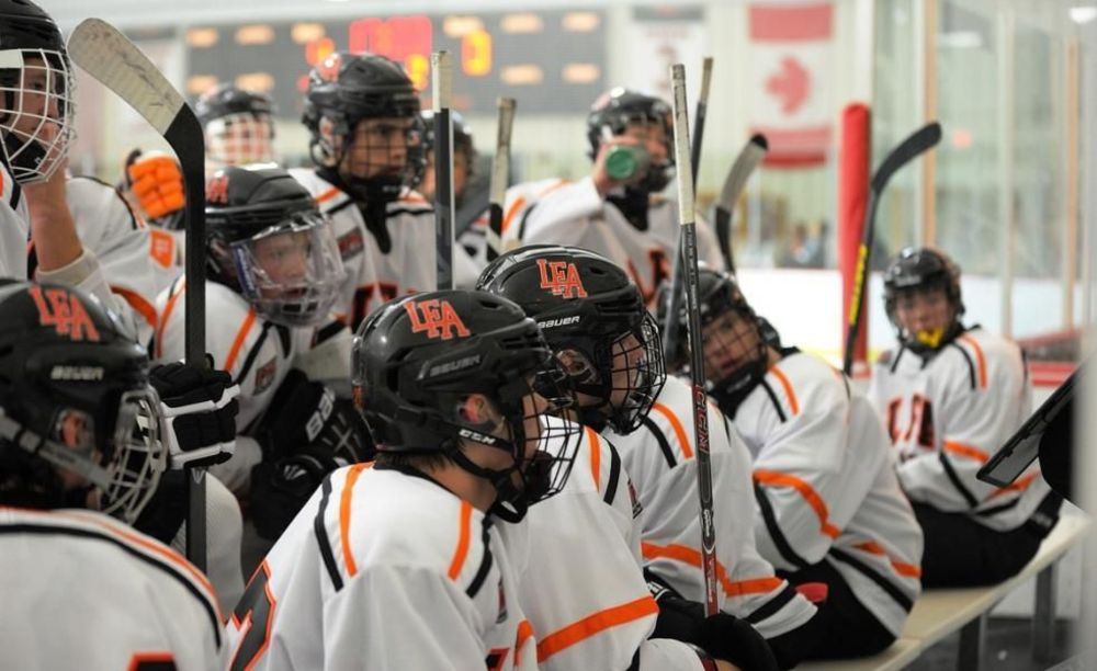 игроки хоккейной программы Lake Forest Academy