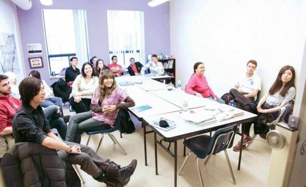 занятия в центре ILSC в Монреале