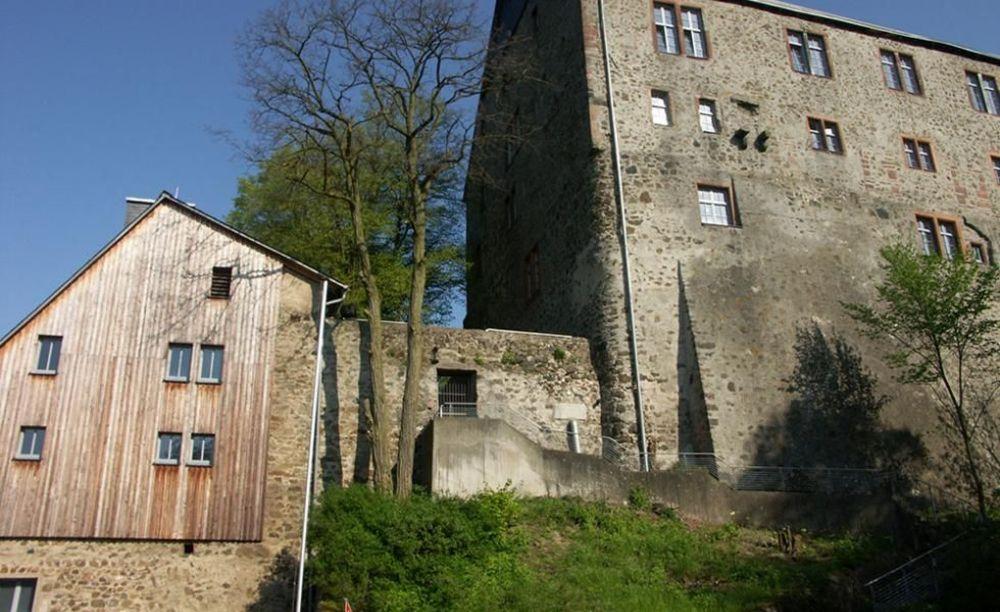 International Projects замок Hohensolms на территории