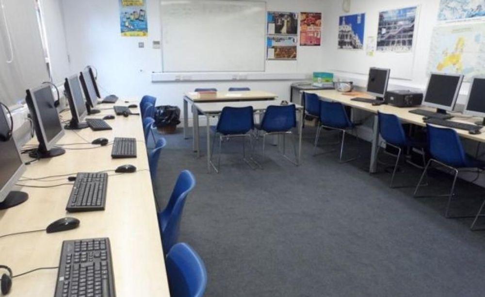 Компьютерный класс Dean Close School