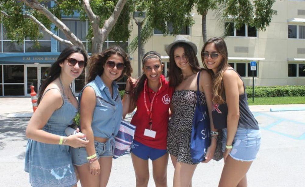 отдых студентов в лагере LAL Boca Raton