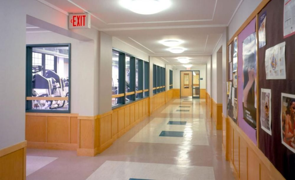 The Masters School коридор