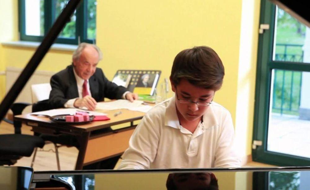 занятия по музыке в Amadeus International School Vienna