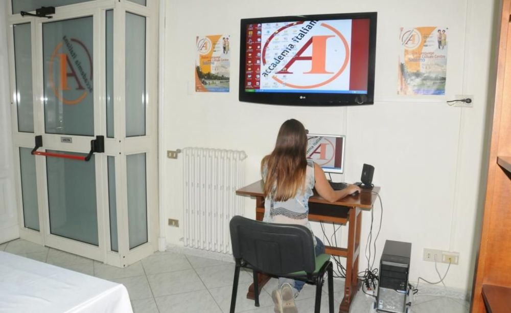Accademia Italiana Salerno студентка
