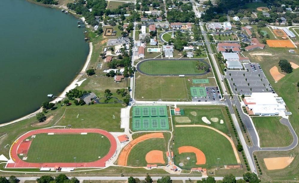 территория Montverde Academy
