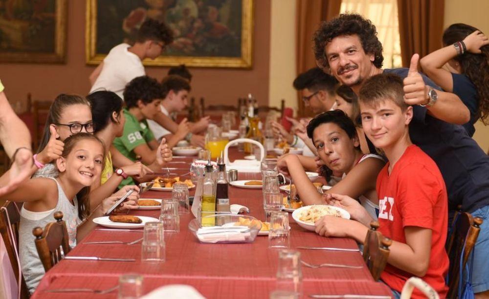 обеденный стол GV Malta Summer Camp