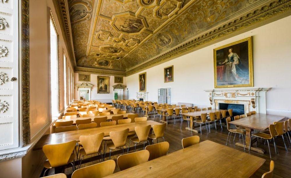 Обеденный зал Stowe School