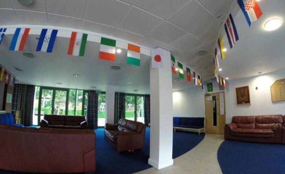 Общая комната Dean Close School