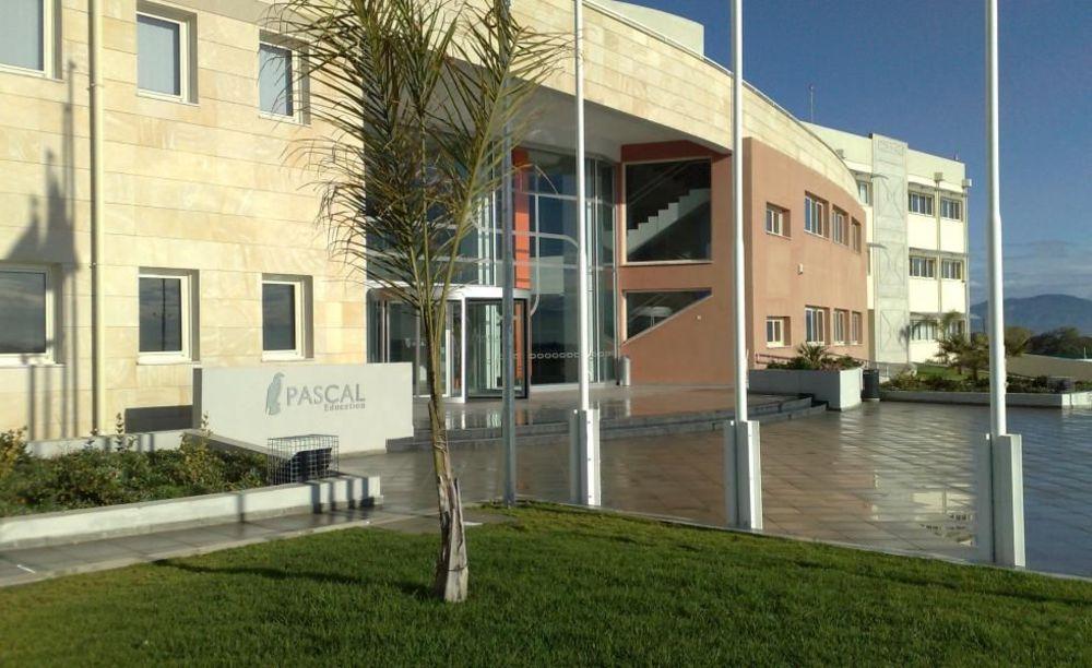здание школы Pascal English School Lefkosia