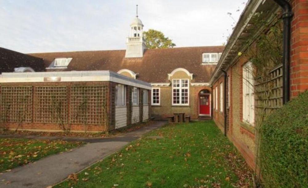 Резиденции The Duke of York's Royal Military School