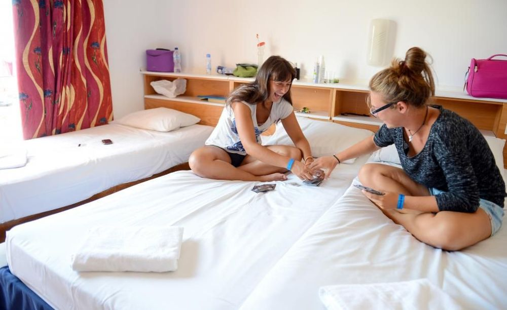 дети в номере Clubclass Mellieha, Paradise Bay Hotel