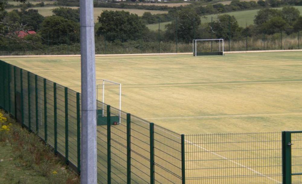 Ryde School футбольное поле