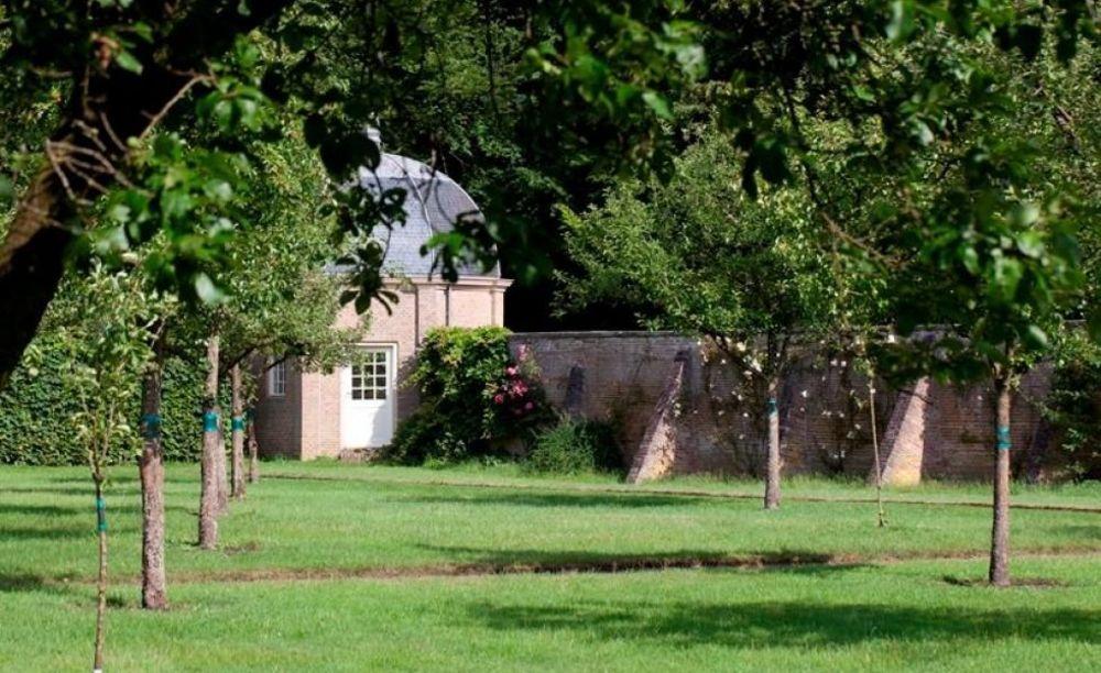 Сад на территории Eerde International School