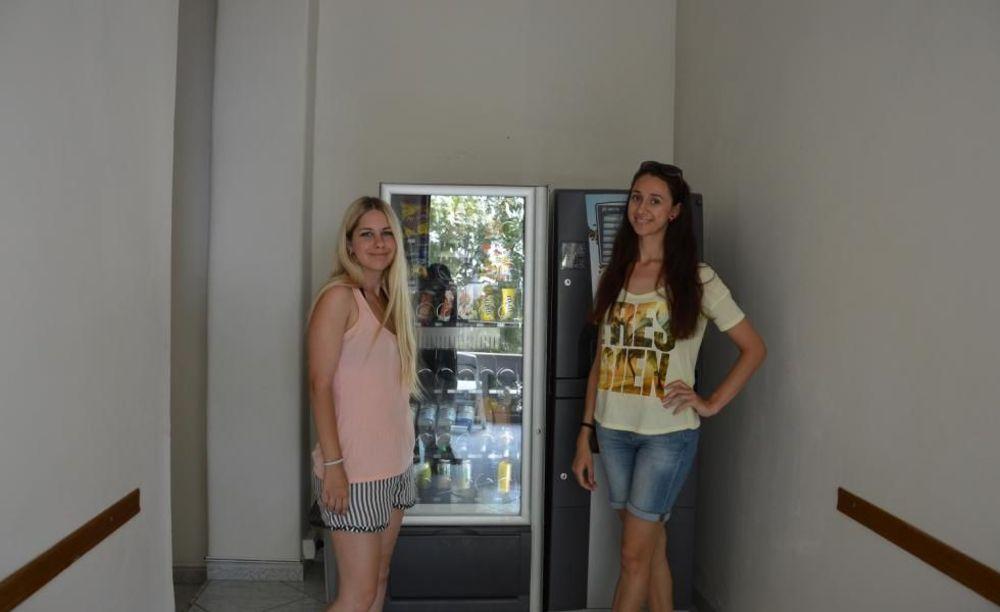 Accademia Italiana Salerno студенты в кафе