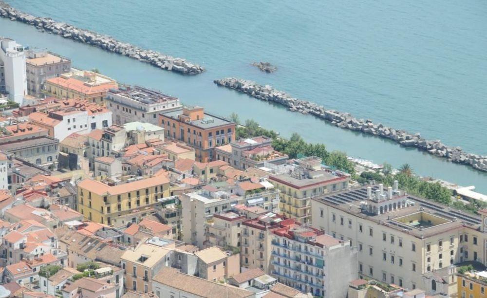 город Салерно Accademia Italiana Salerno