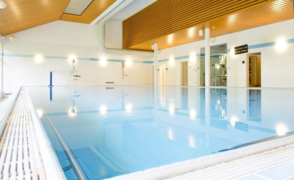 бассейн в школе Bad Schussenried, Humboldt-Institut