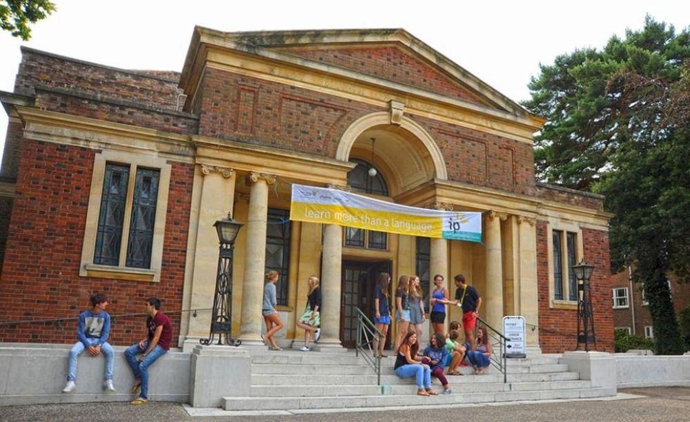 Школа International Project Bournemouth